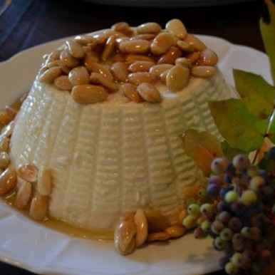 ricottone miele d'acacia e mandorle