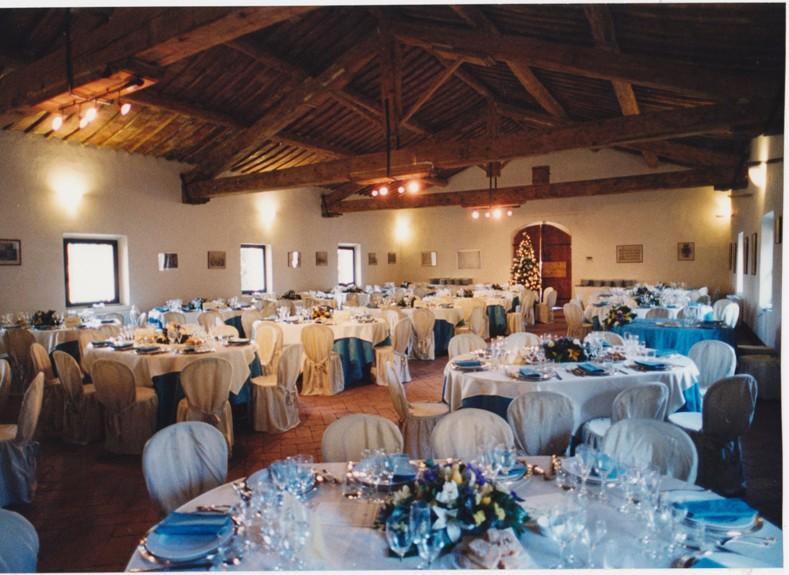 Matrimonio Cantina Toscana : Nozze ganze tutto per sposarsi in toscana salone per persone