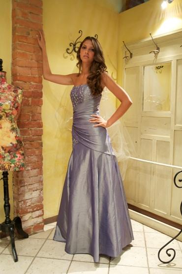 """155c251c5ffa abito da sposa colorato siena. """""""
