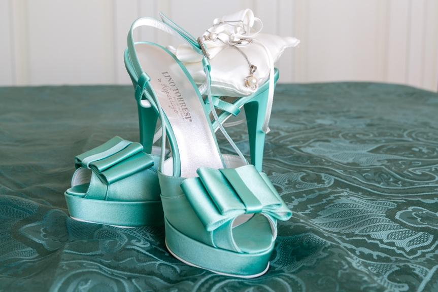 Scarpe Da Sposa Color Tiffany.Nozze Ganze Tutto Per Sposarsi In Toscana Il Matrimonio In