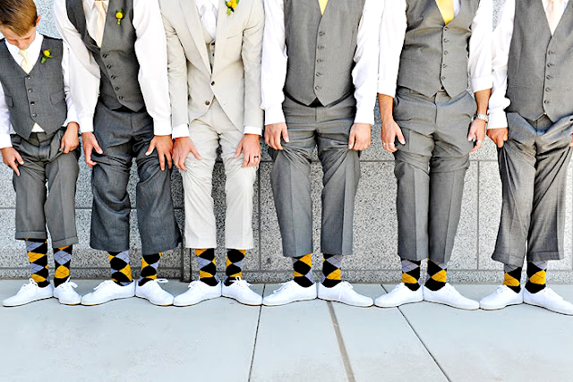 calzini e cravatta matrimonio