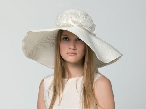 Nozze ganze tutto per sposarsi in toscana matrimonio col for Cappelli per matrimonio