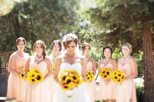 Matrimonio Country Girasole : Nozze ganze tutto per sposarsi in toscana un matrimonio