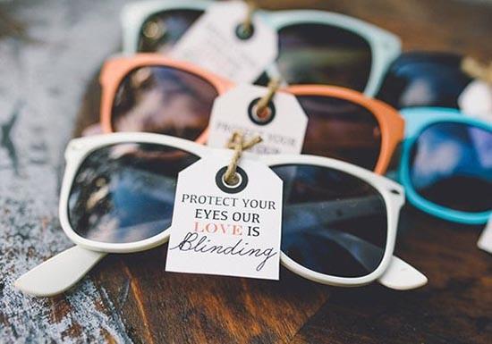 occhiali_sole_personalizzati_matrimonio_tag-550x385