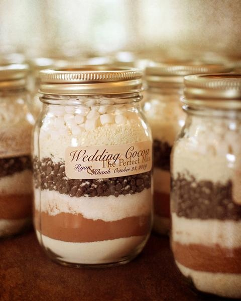 10-cool-diy-winter-wedding-favors2