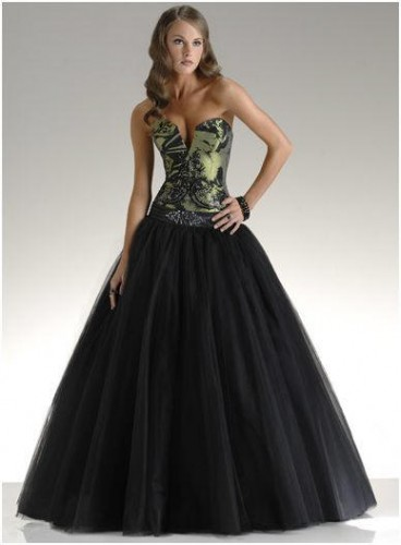 4c94dc317176 E voi  Cosa ne pensate  Vi vestiresti di nero al vostro matrimonio