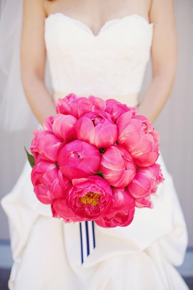 bouquet-sposa-monofiore-peonie-pink-foto-by-decoki