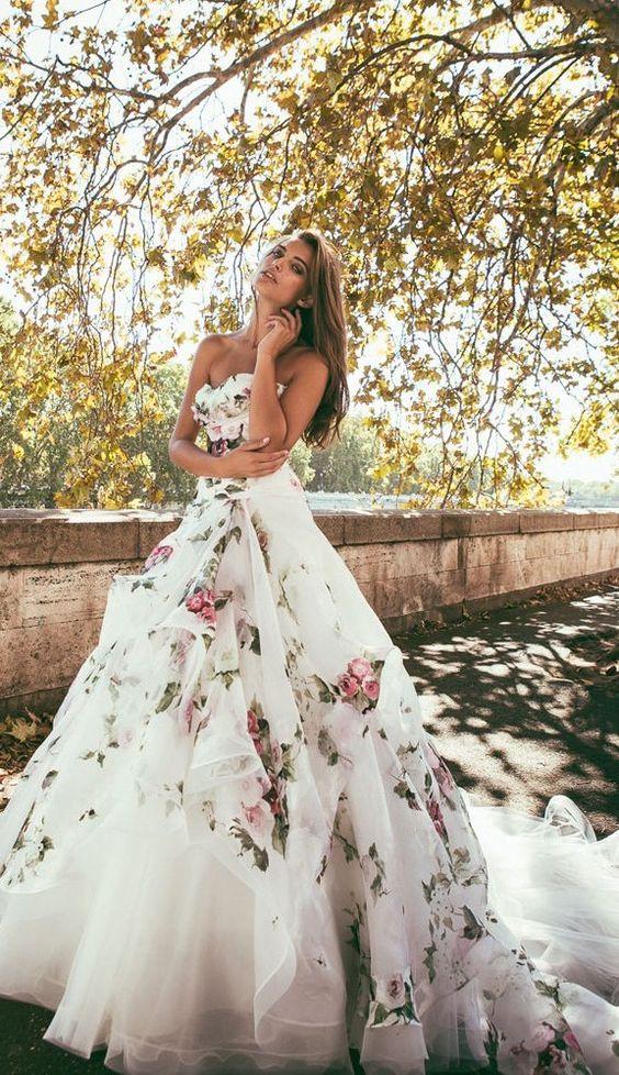 Vestiti Matrimonio Toscana : Nozze ganze tutto per sposarsi in toscana abito floreale